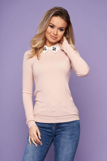 Bluza dama SunShine roz prafuit eleganta scurta din tricot cu guler cu aplicatii din pietre strass