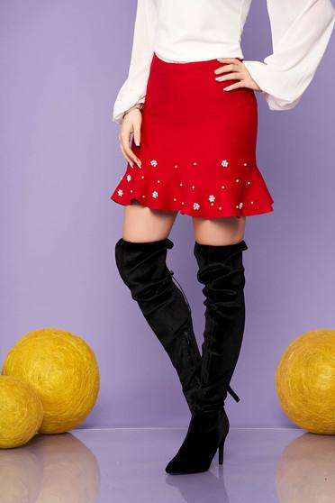 Fusta SunShine rosie eleganta scurta in clos tricotata cu volanase cu aplicatii cu perle