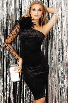 Black dress with bright details with inside lining from velvet occasional velvet with an accessory pencil