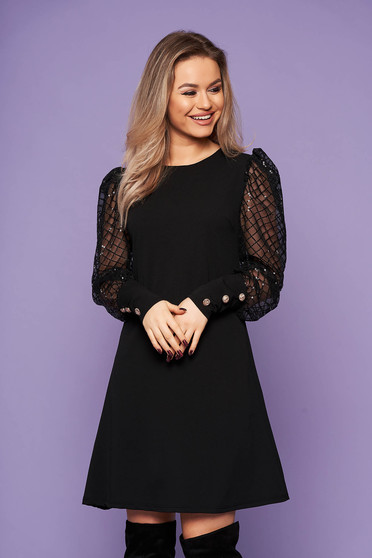 Rochie neagra eleganta scurta din material usor elastic cu un croi drept cu maneci bufante si aplicatii cu paiete