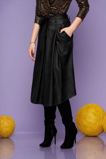 Fusta SunShine neagra casual midi din piele ecologica in clos cu buzunare cordon detasabil se inchide cu fermoar la spate