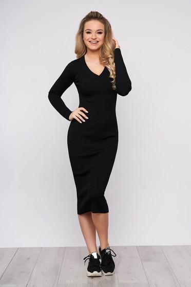 Rochie SunShine neagra casual de zi din material tricotat cu un croi cambrat cu maneci lungi si decolteu in v