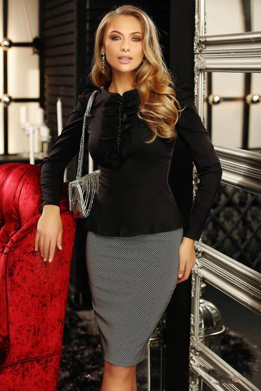 Camasa dama Fofy neagra office cu un croi mulat accesorizata cu o fundita cu aplicatii de dantela si perle