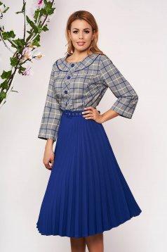 Rochie albastra office midi in clos cu maneci trei-sferturi si fusta plisata