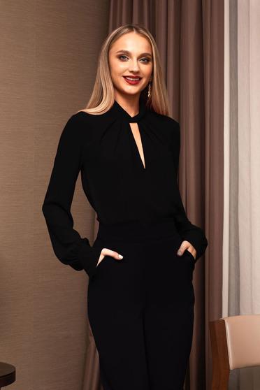 Bluza dama PrettyGirl neagra office decupat la bust