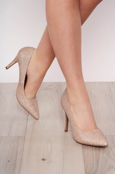 Pantofi auriu elegant din piele ecologica cu aplicatii cu sclipici cu varful usor ascutit si toc inalt