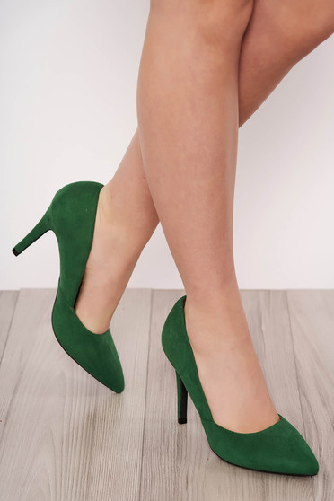 Pantofi verde elegant din velur cu varful usor ascutit si toc inalt