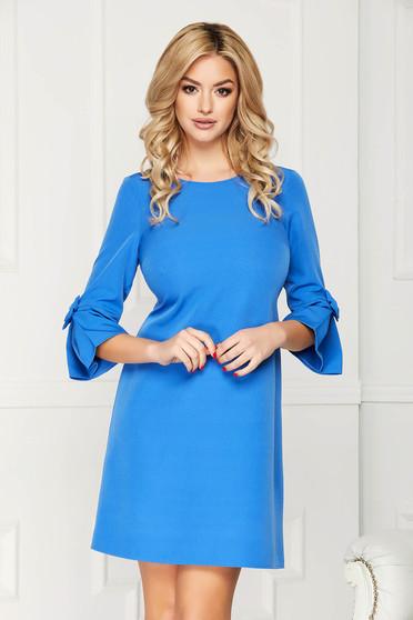 Rochie albastra eleganta midi din stofa cu un croi drept cu maneci trei-sferturi