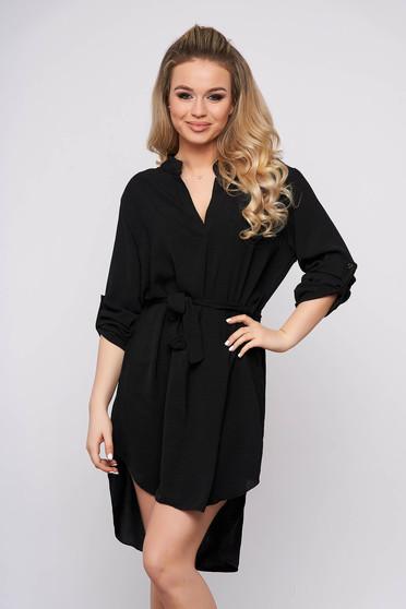 Rochie SunShine de zi neagra cu un croi drept asimetrica cu maneci lungi si accesorizata cu cordon