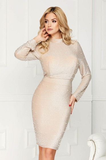 Rochie crem eleganta midi de ocazie tip creion din material elastic tip lurex cu aplicatii cu perle