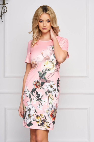 Rochie SunShine roz eleganta midi cu un croi drept din stofa usor elastica cu imprimeuri florale