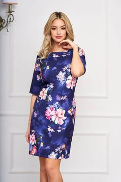 Rochie albastru-inchis eleganta scurta din stofa cu un croi drept si imprimeuri florale