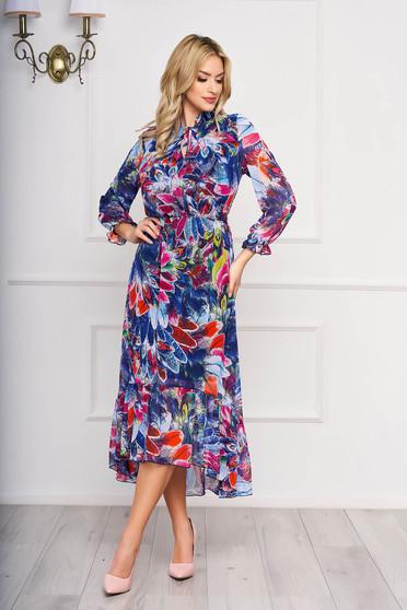 Rochie albastra asimetrica eleganta din voal cu imprimeuri florale si cu elastic in talie