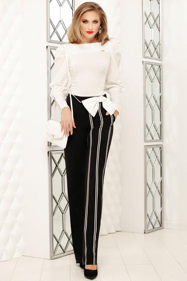 Pantaloni Fofy negri office evazati cu talie inalta cu dungi verticale si buzunare