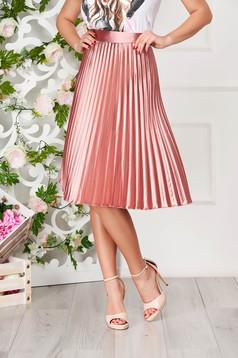 Fusta StarShinerS roz prafuit eleganta plisata midi in clos din satin