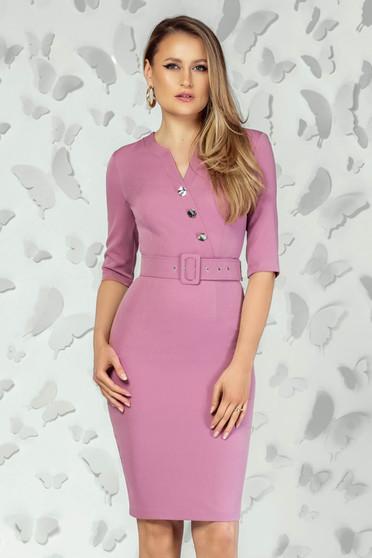 Rochie PrettyGirl roz office scurta tip creion cu decolteu in v slit la spate si accesoriu tip curea