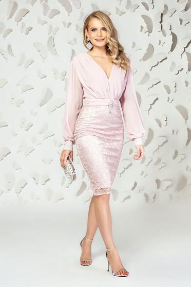 Rochie PrettyGirl roz prafuit scurta de ocazie din voal si dantela cu decolteu in v