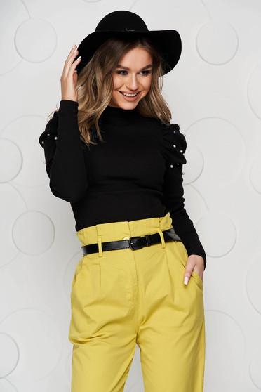 Bluza dama SunShine neagra mulata pe gat din material reiat umeri cu volum