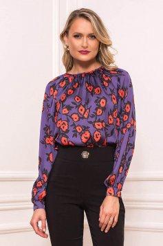 Bluza dama PrettyGirl mov scurta eleganta din material satinat cu croi larg cu maneci lungi cu imprimeu floral