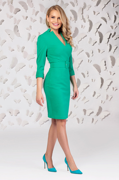 Dress green slightly elastic fabric with v-neckline accessorized with belt