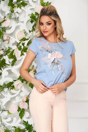Tricou StarShinerS albastru-deschis casual cu croi larg si broderie florala cu efect 3D