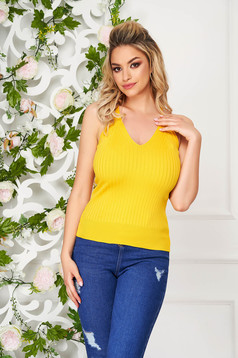 Top shirt yellow casual tented with straps with deep cleavage knitted