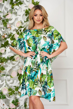 Green dress short cut flared thin fabric with butterfly sleeves
