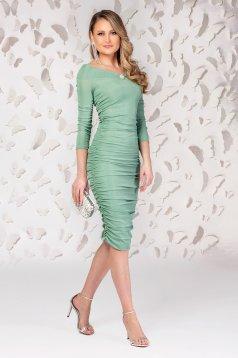 Rochie PrettyGirl verde-deschis midi tip creion de ocazie cu decolteu in v