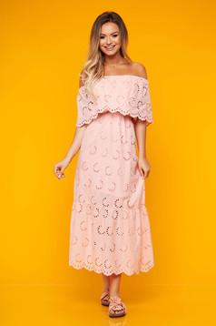 Rochie SunShine roz lunga de zi din bumbac in clos cu umeri goi