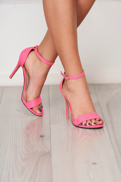 Fuchsia sandals elegant with thin straps from velvet fabric