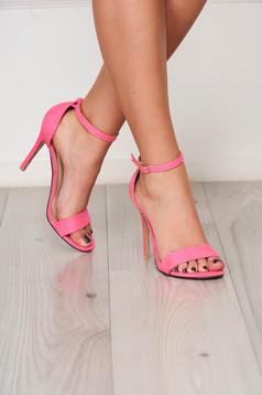 Sandale fuchsia elegante din material catifelat cu barete subtiri