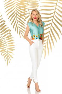 Pantaloni PrettyGirl albi eleganti conici din material usor elastic cu talie inalta