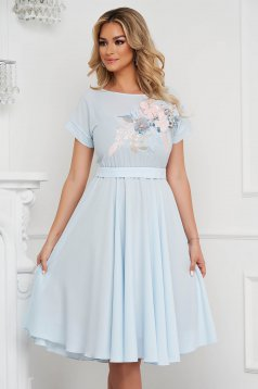 StarShinerS lightblue dress occasional cloche with elastic waist with embroidery details midi