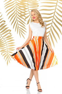 Fusta PrettyGirl portocalie eleganta plisata in clos cu talie inalta din voal
