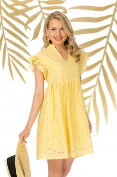 Yellow dress short cut daily guipure with ruffled sleeves flared