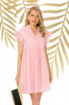 Lightpink dress short cut daily guipure with ruffled sleeves flared