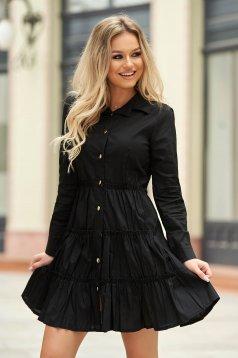 Rochie neagra casual scurta din bumbac in clos cu maneci lungi