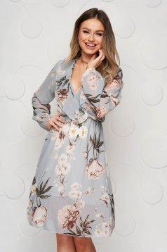 Grey dress elegant with v-neckline 3/4 sleeve cloche with elastic waist from veil fabric