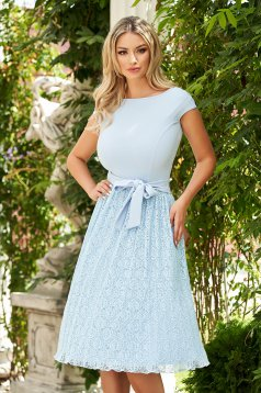 StarShinerS lightblue dress elegant cloche from laced fabric accessorized with tied waistband