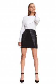 Darkgreen skirt short cut high waisted with tented cut faux leather