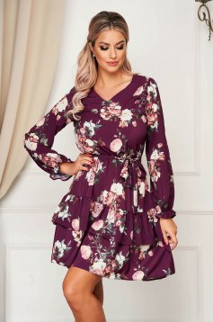 StarShinerS purple dress daily cloche with elastic waist with v-neckline with ruffles at the buttom of the dress