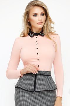 Camasa dama Fofy roz deschis office cu un croi mulat din bumbac usor elastic cu aplicatii cu margele