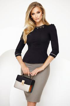 Camasa dama Fofy neagra office din bumbac usor elastic cu accesoriu metalic cu peplum