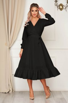 Rochie StarShinerS neagra eleganta midi decolteu petrecut cu elastic in talie accesorizata cu cordon