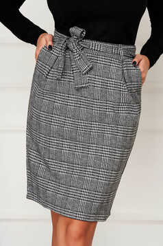 Black skirt casual short cut pencil with pockets with chequers