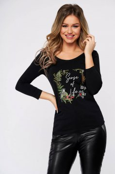 Black women`s blouse casual flared with 3/4 sleeves