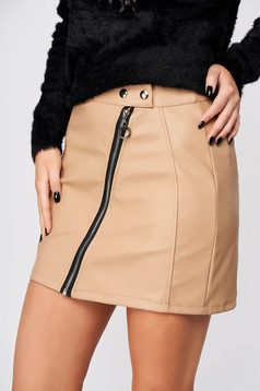 Cream skirt casual short cut from ecological leather with tented cut