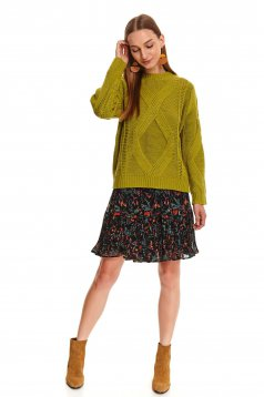 Green sweater casual flared knitted fabric