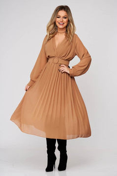 Cream dress elegant midi from veil fabric folded up cloche with elastic waist