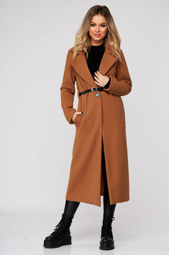 Brown coat casual long straight cloth with pockets accessorized with belt